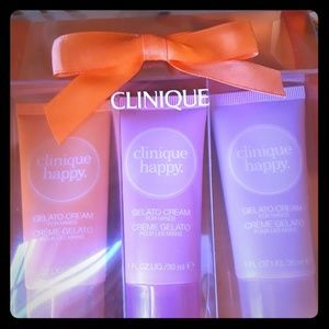 Clinique happy hands gift trio